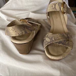 COLE HAAN NIKE AIR WEDGE SANDALS SIZE 6